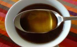 Čaj s medom (foto: Flickr)