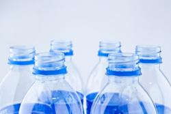 Plastične boce (foto: kangshutters / FreeDigitalPhotos.net)