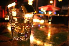 Alkohol (foto: Lindsey Turner/Flickr)
