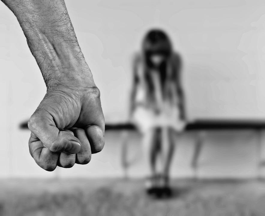 Stop nasilju (foto; pixabay.com)