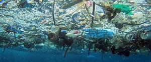 Plastika u moru (foto: NOAA)